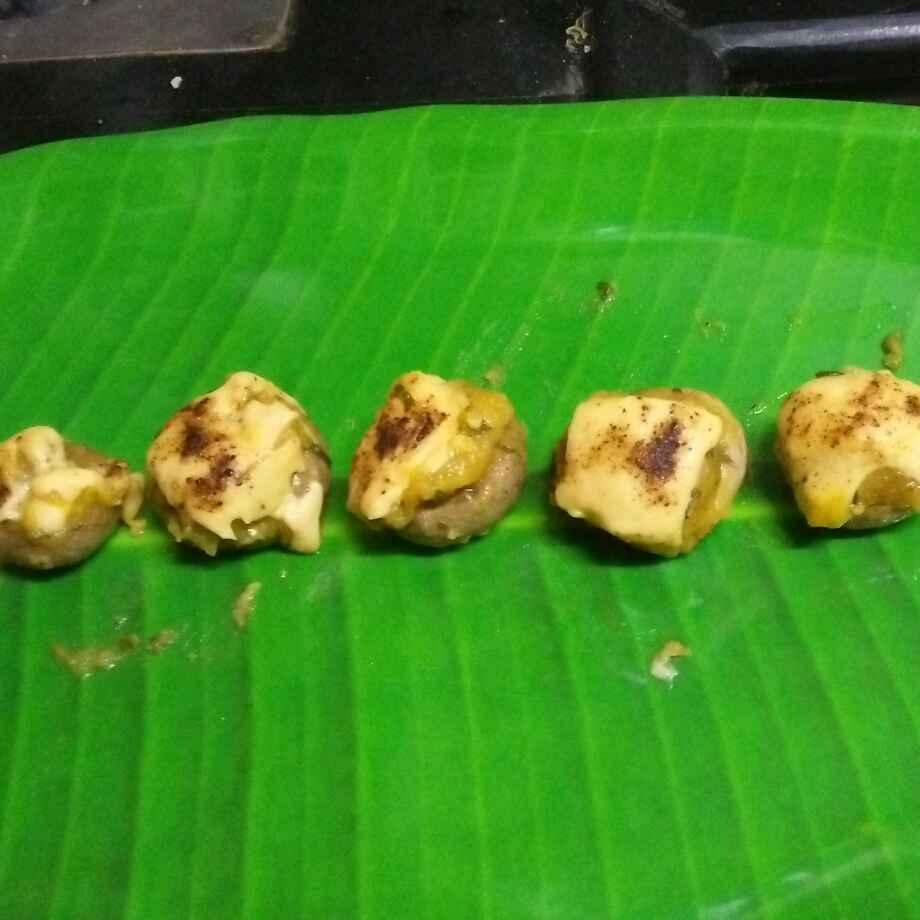 Photo of Baked cheese aalu palak stuffed mashrooms by seema Nadkarni at BetterButter