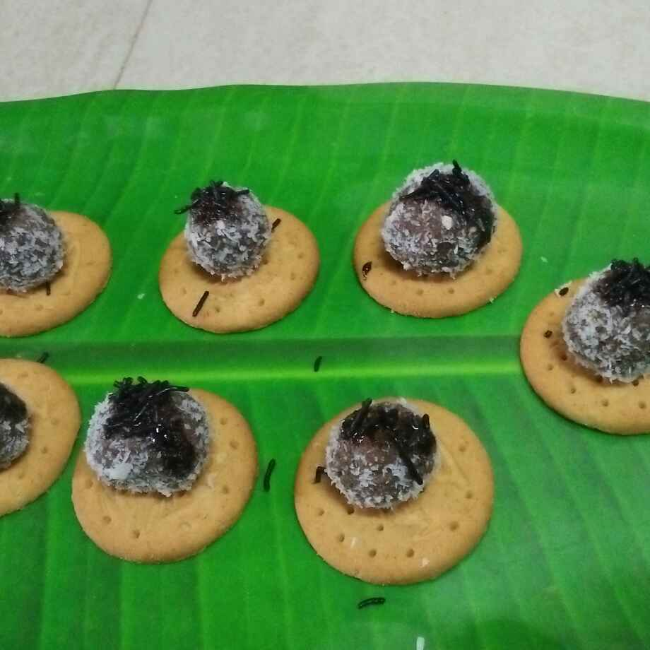 Photo of Digestive biscuit chocolate dry fruit coconut ladoo by seema Nadkarni at BetterButter