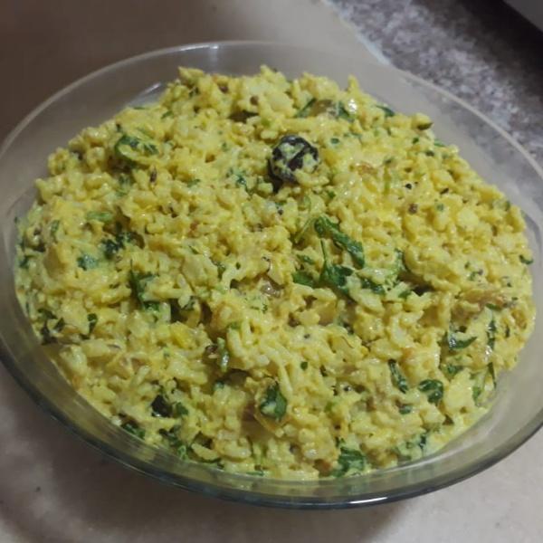 How to make Spicy curd rice ( Tadka dahi chawal)