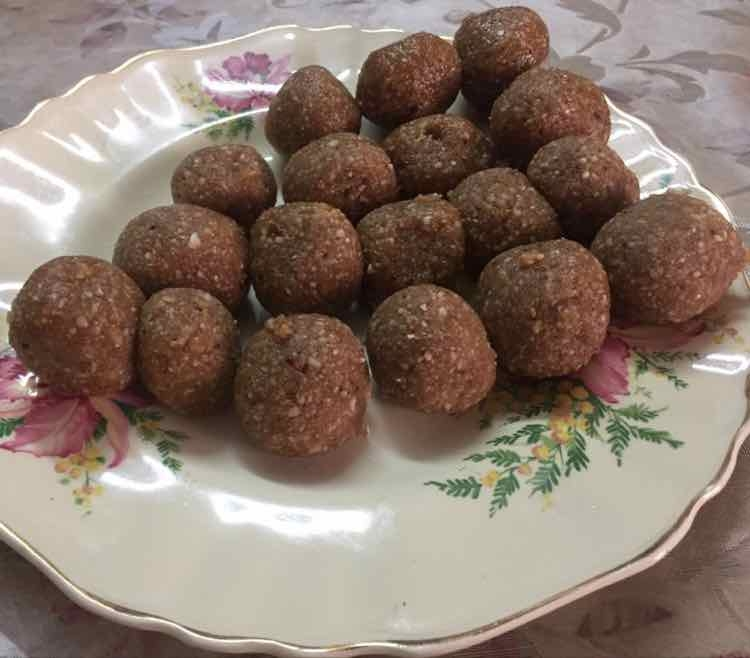 Photo of peanut balls by shadiqah hasana at BetterButter