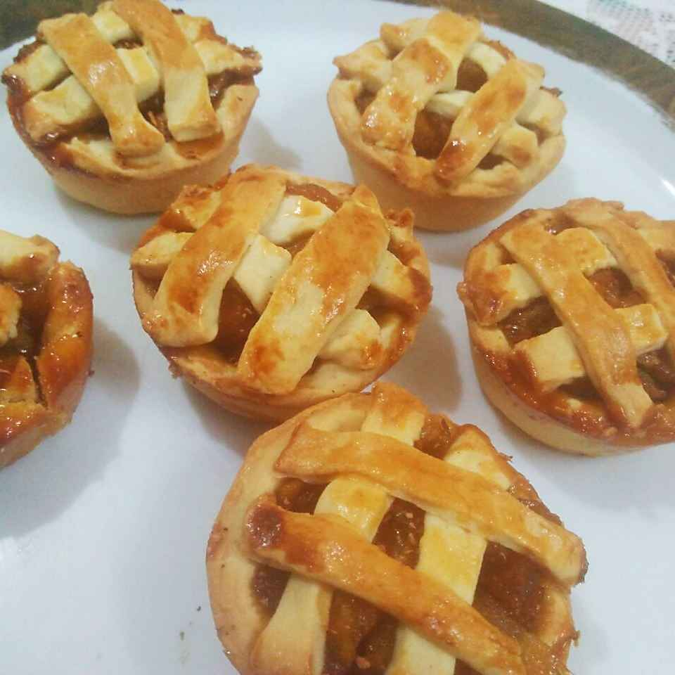 Photo of Honey apple pie by Shaheda T. A. at BetterButter
