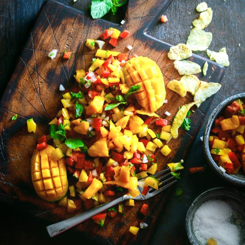 How to make Mango Bell Pepper Salsa