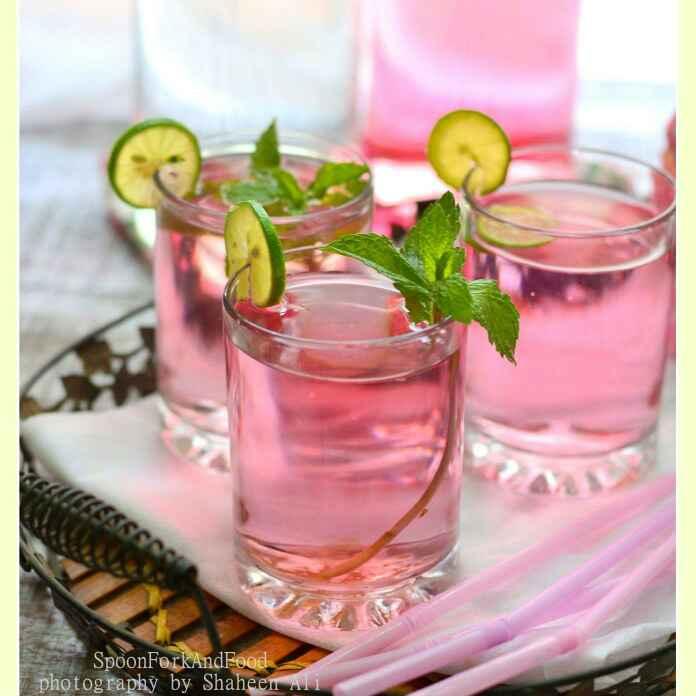 How to make Pink Lemonade