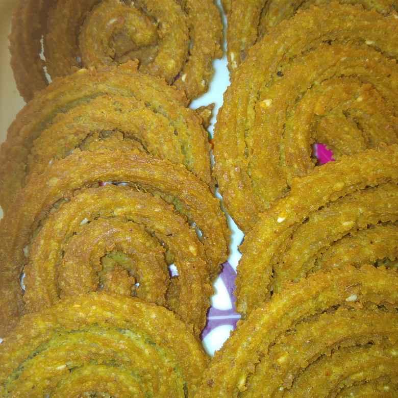 Photo of Spinach & Mint chakli by Shaila Kattikar at BetterButter