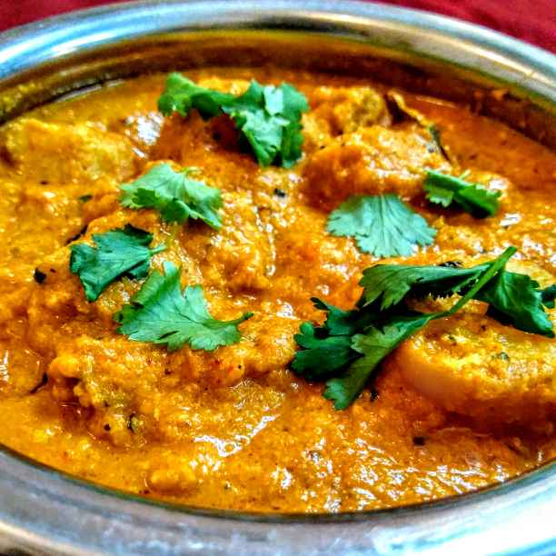 How to make Dum aloo curry