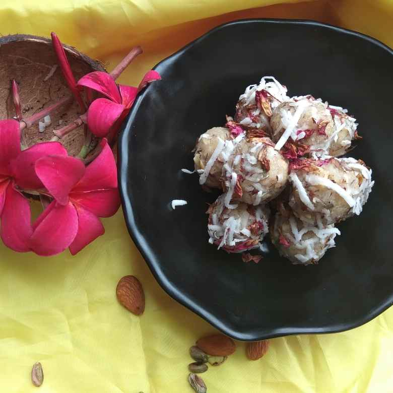 Photo of Fresh coconut dry fruits ladoo by Shalini Agarwal at BetterButter