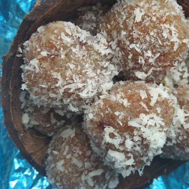 Photo of Coconut bottle gourd truffles by Shalini Agarwal at BetterButter