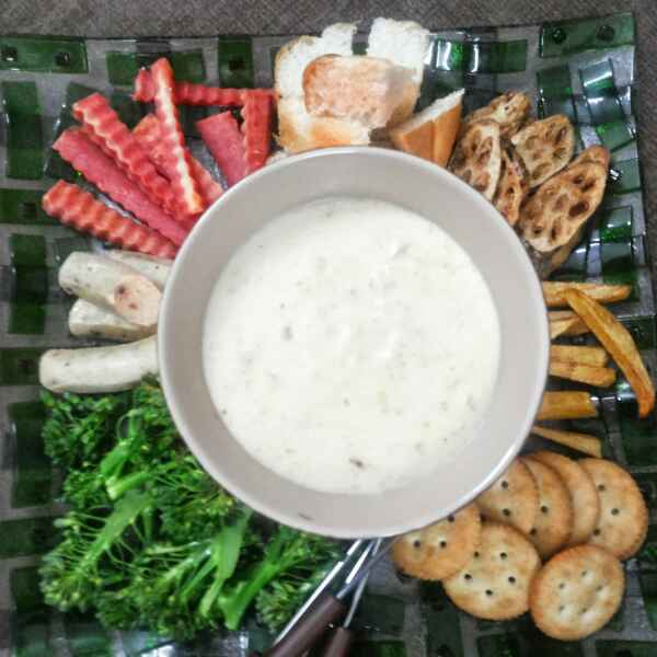 Photo of Cheese Fondue Pao Bhaji ka Desi Tadka by Shalini Digvijay at BetterButter