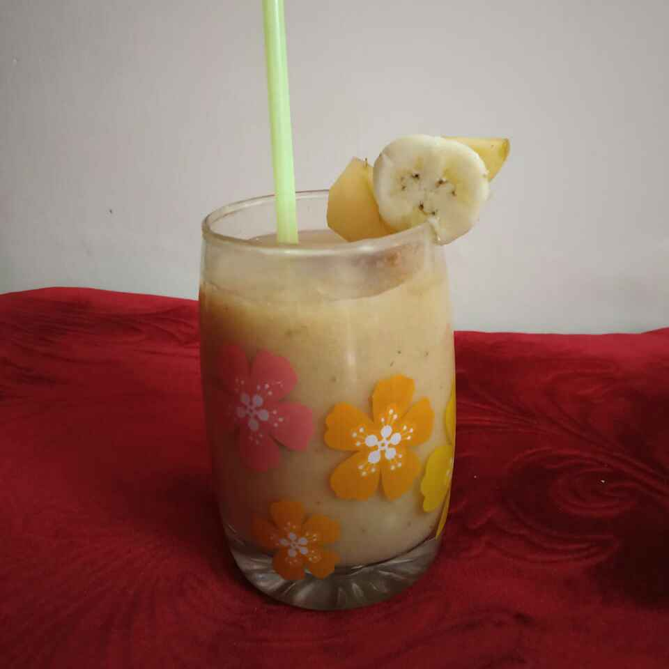 Photo of Apple banana smoothie by Sharmila Dalal at BetterButter