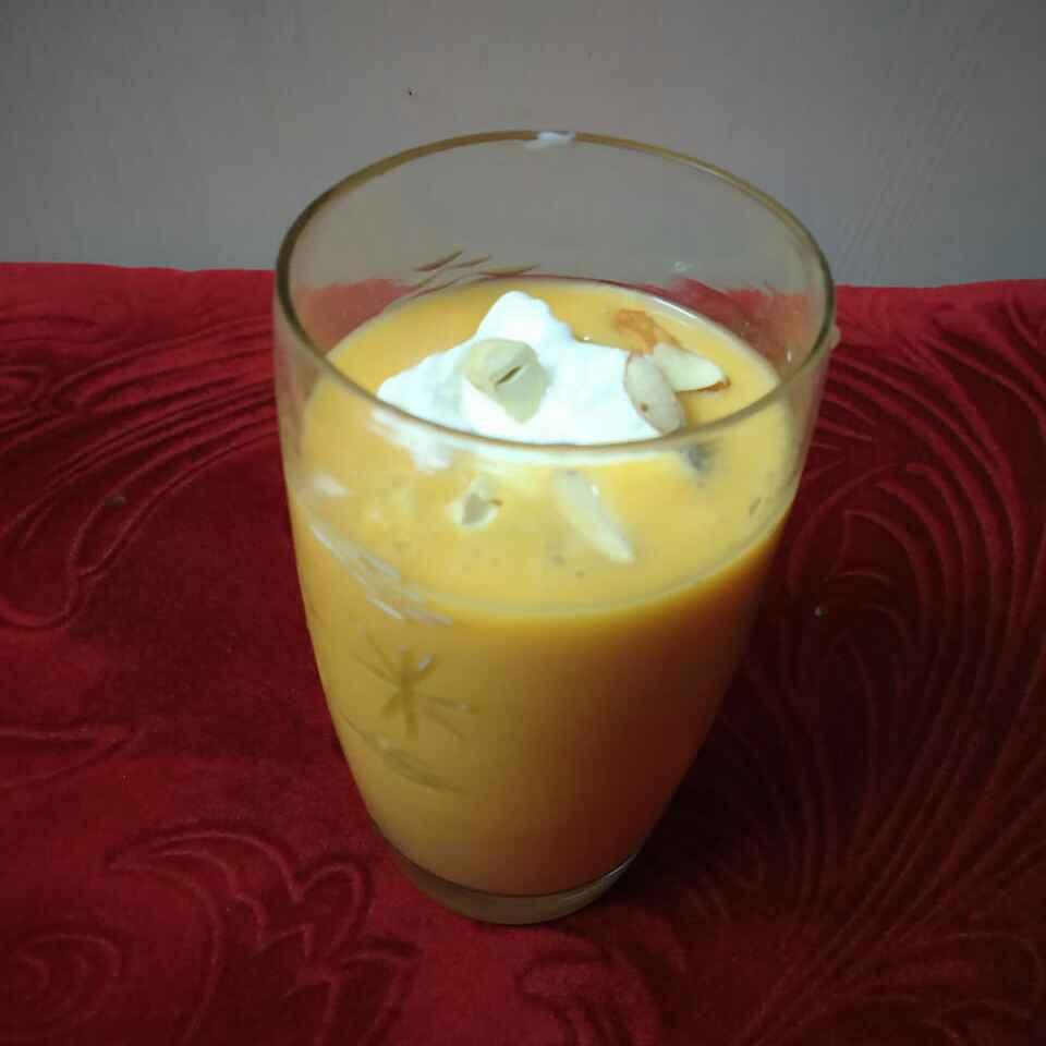 Photo of Vanilla mango shake by Sharmila Dalal at BetterButter