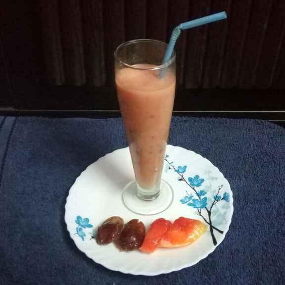 Photo of Papaya desert milk shake by Sharmila Dalal at BetterButter