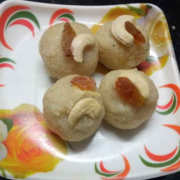 How to make ড্রাই ফ্রুটস দিয়ে সুজির লাড্ডু
