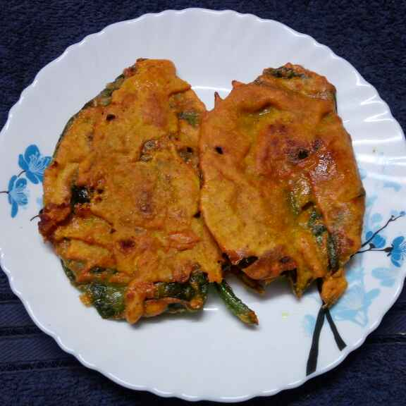 Photo of Paneer er pur vora pui patar bora by Sharmila Dalal at BetterButter