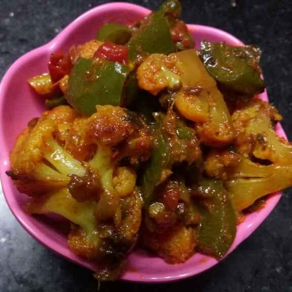 Photo of Fulkopi capsicum er sobji by Sharmila Dalal at BetterButter