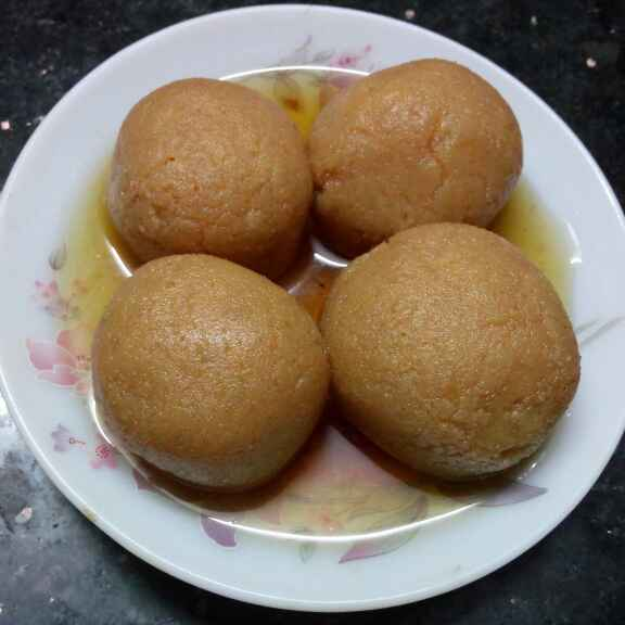 Photo of Notun gurer rosogolla by Sharmila Dalal at BetterButter