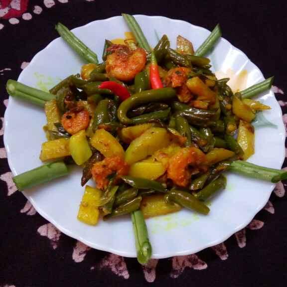 Photo of Chingri bean aloo vaja by Sharmila Dalal at BetterButter