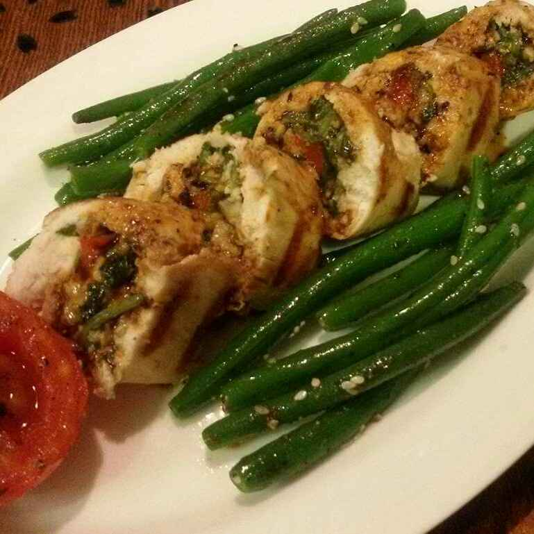 How to make Chicken Roulade with Red Wine Sauce