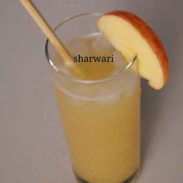 Photo of Apple and honey juice by sharwari vyavhare at BetterButter