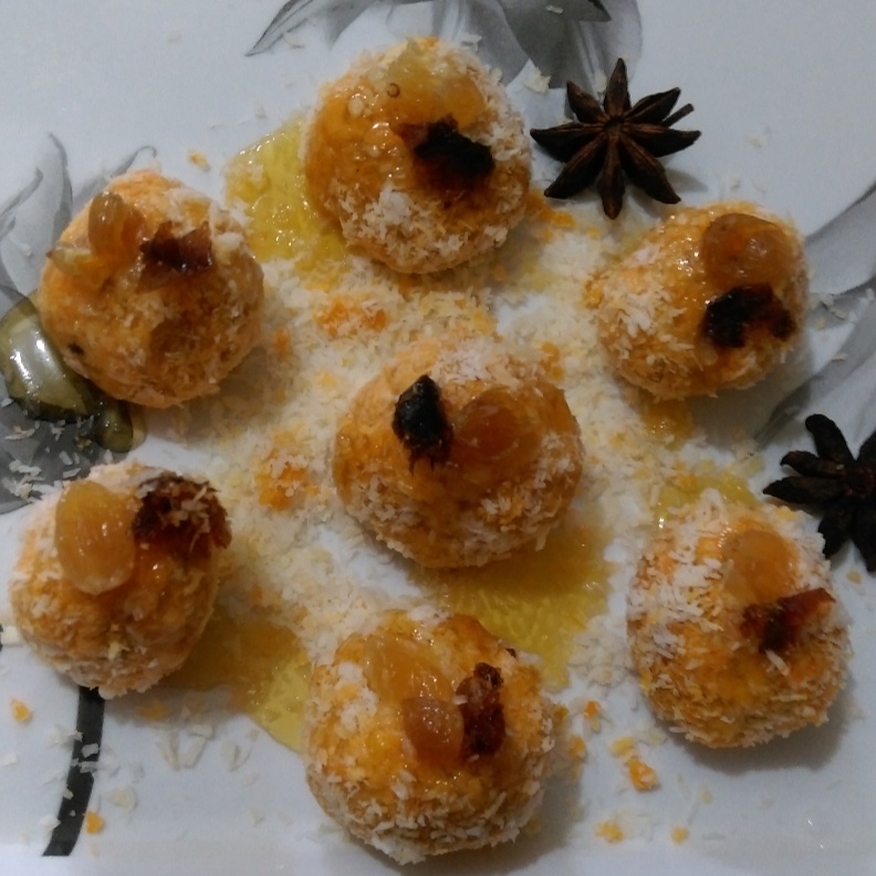 How to make Pineapple Coconut  Laddoos