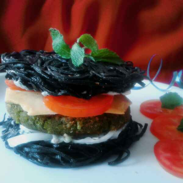 Photo of Charcoal noodles burger by Shashwatee Swagatica at BetterButter