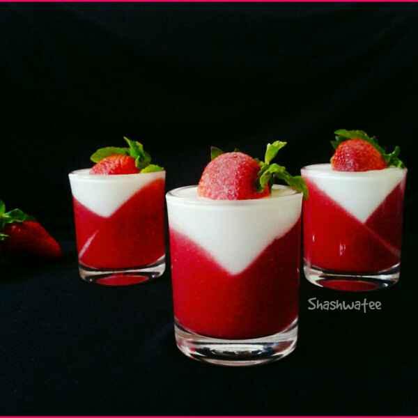 How to make Strawberry panna-cotta