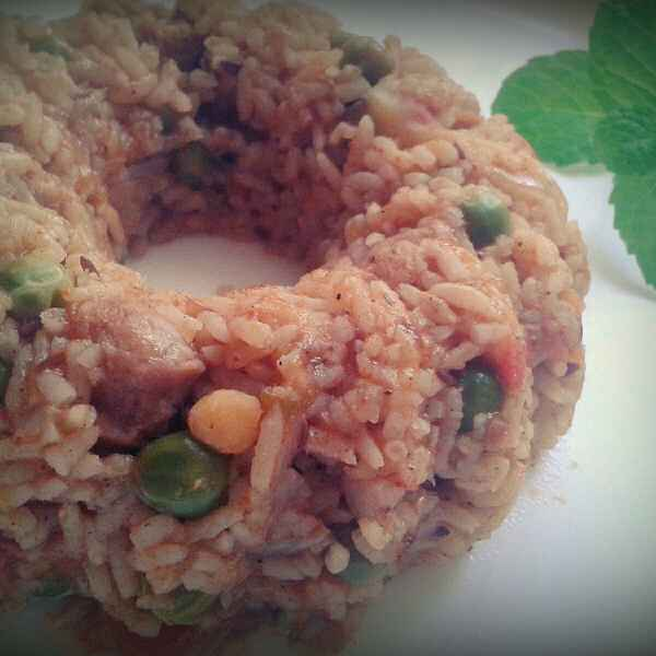 Photo of Soya chunks pulao in pressure cooker by Shashwatee Swagatica at BetterButter