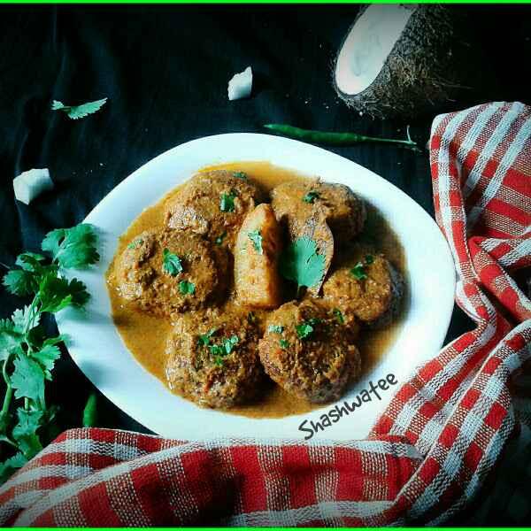How to make Nadia bara tarkari(coconut vada curry without onion garlic)
