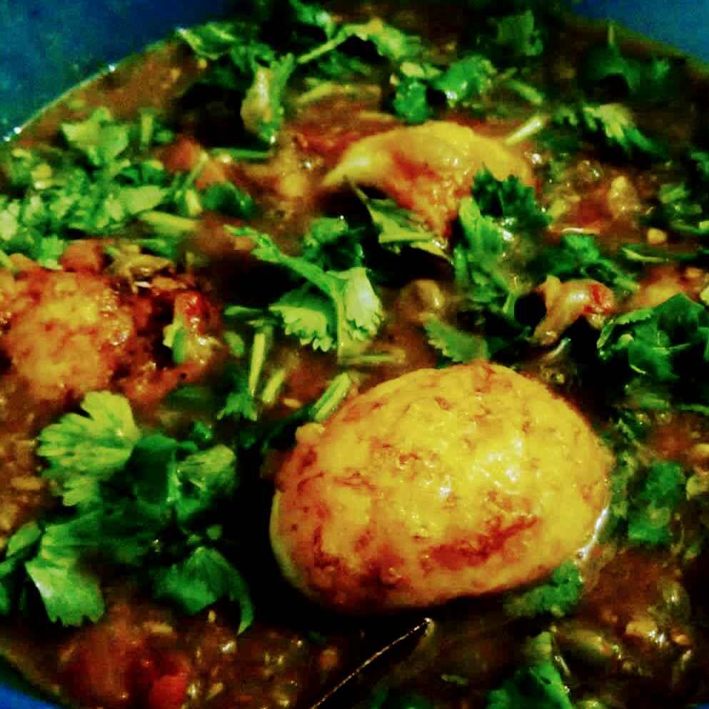 How to make Egg masala