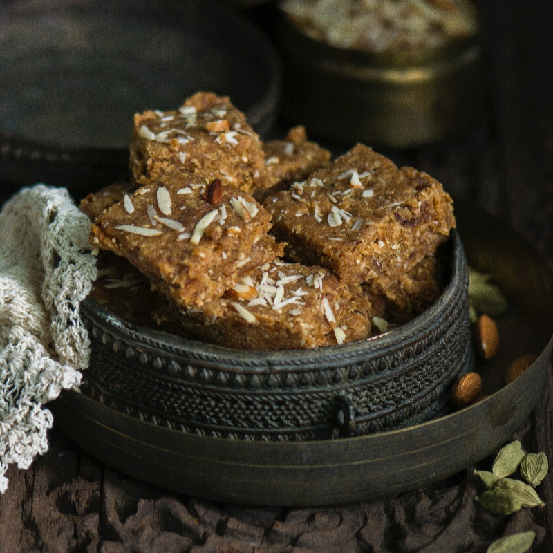 How to make Oats and Dates Sukhdi