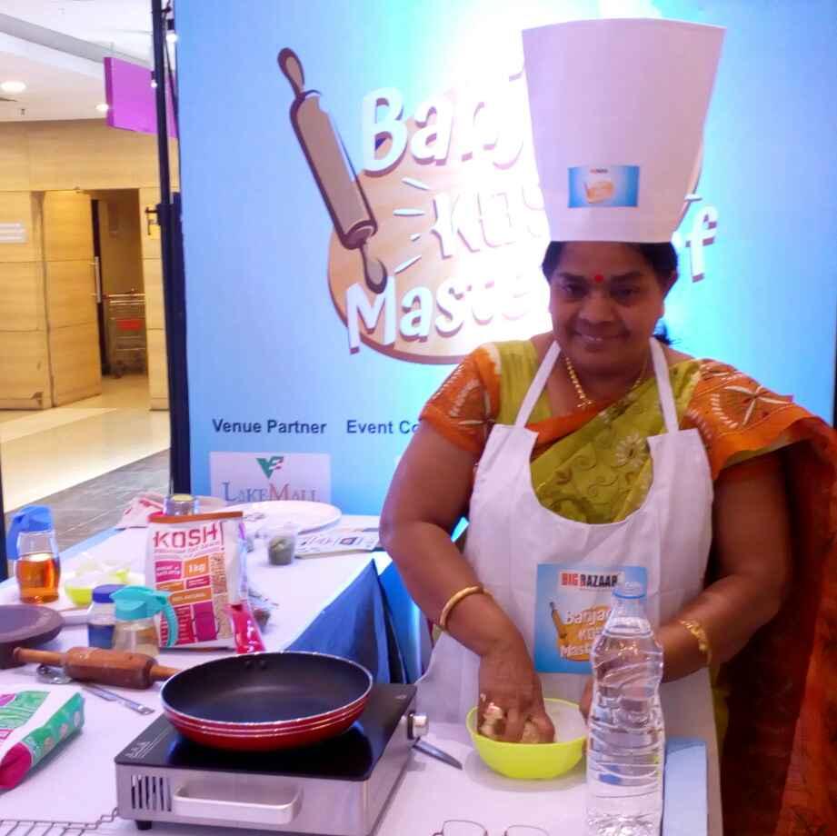 Shibani Roy food blogger