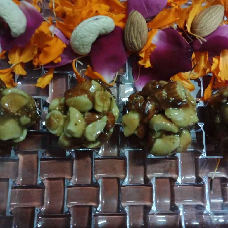 How to make Honey dry fruits ladoo