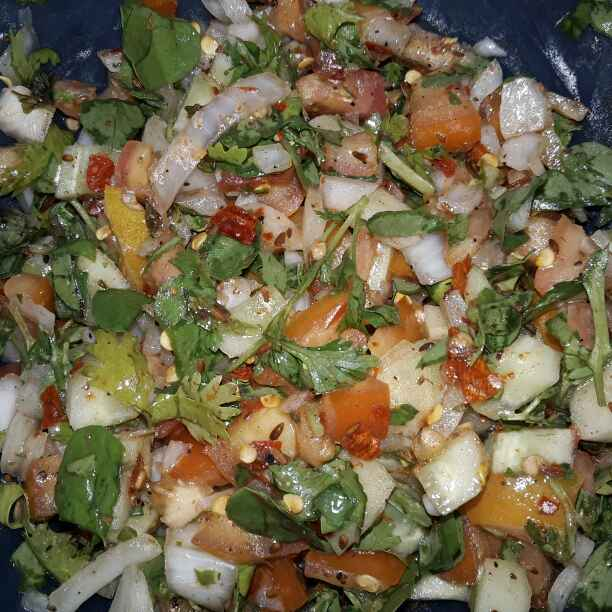 How to make Salsa Salad