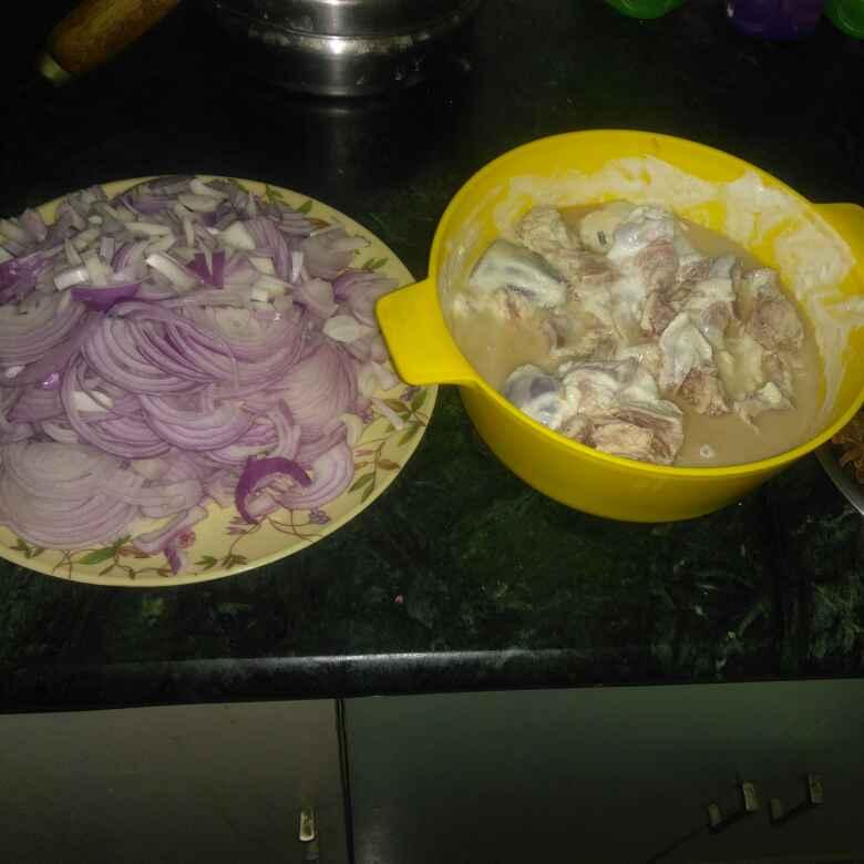 How to make Dahi wala mutton