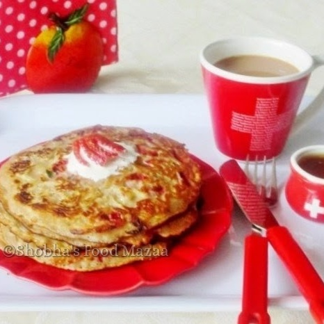 How to make ZUCCHINI AND STRAWBERRY PANCAKES