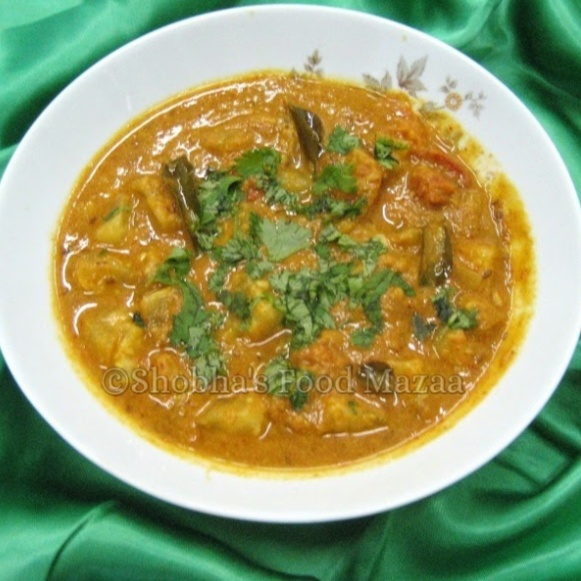 How to make DUDHI / BOTTLE GOURD CURRY