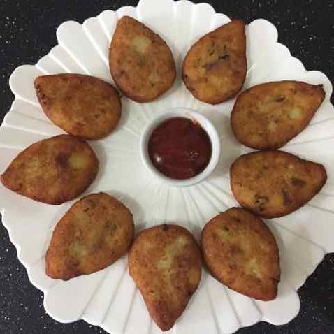 Photo of aalu ki tikki by Shobha Keshwani at BetterButter
