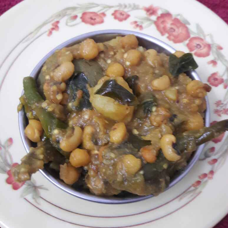 Photo of Brinjal...alu..white batani and dry barabatti seeds by Shobha.. Vrudhulla at BetterButter