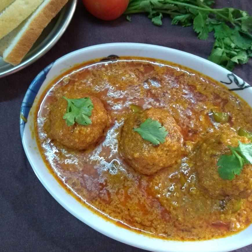 How to make Bread kofta curry