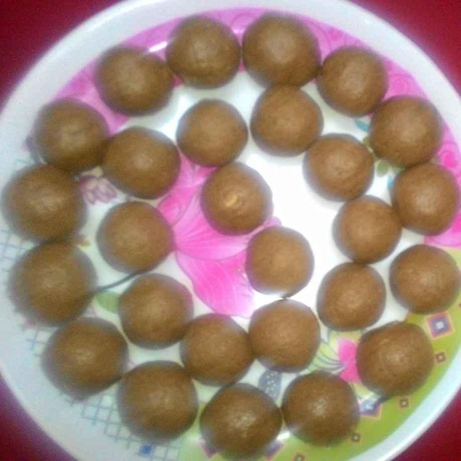 How to make Moong Dal Ladoo