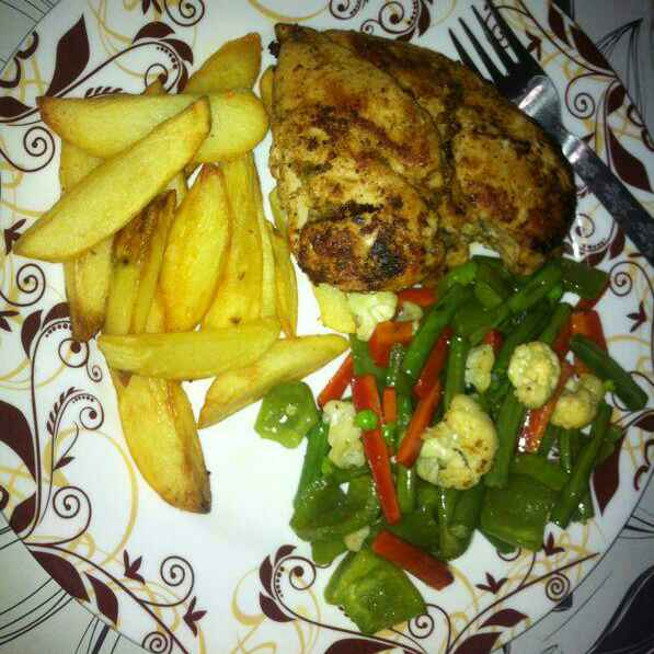How to make Pan tossed chicken , with sauted veggies and potato wedges.