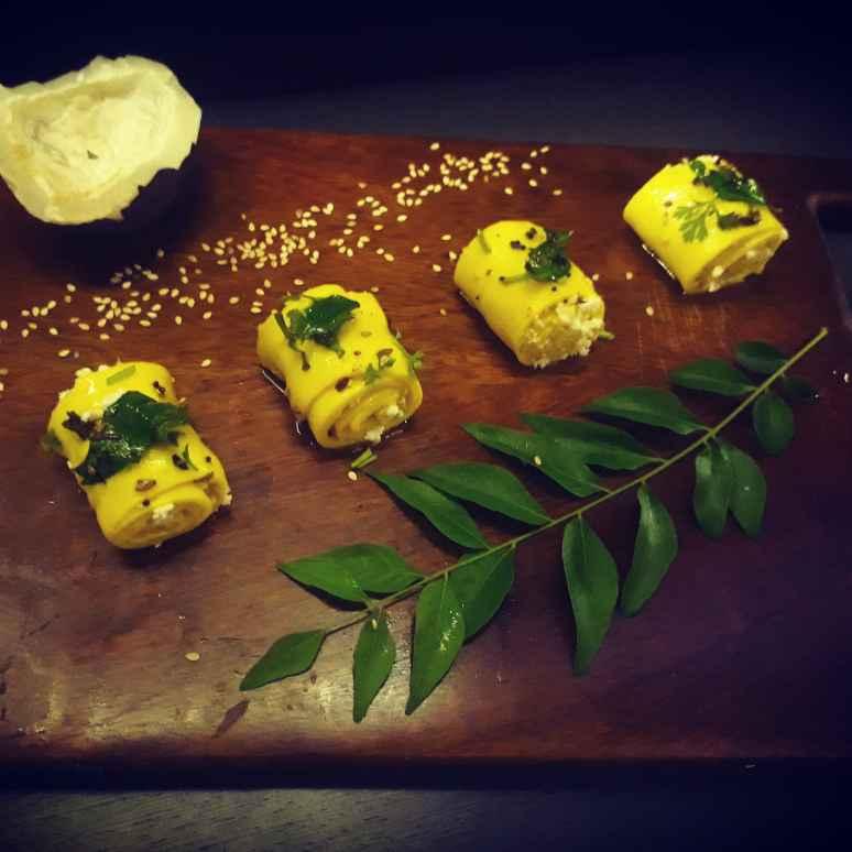 How to make Paneer - cheese stuffed khandvi