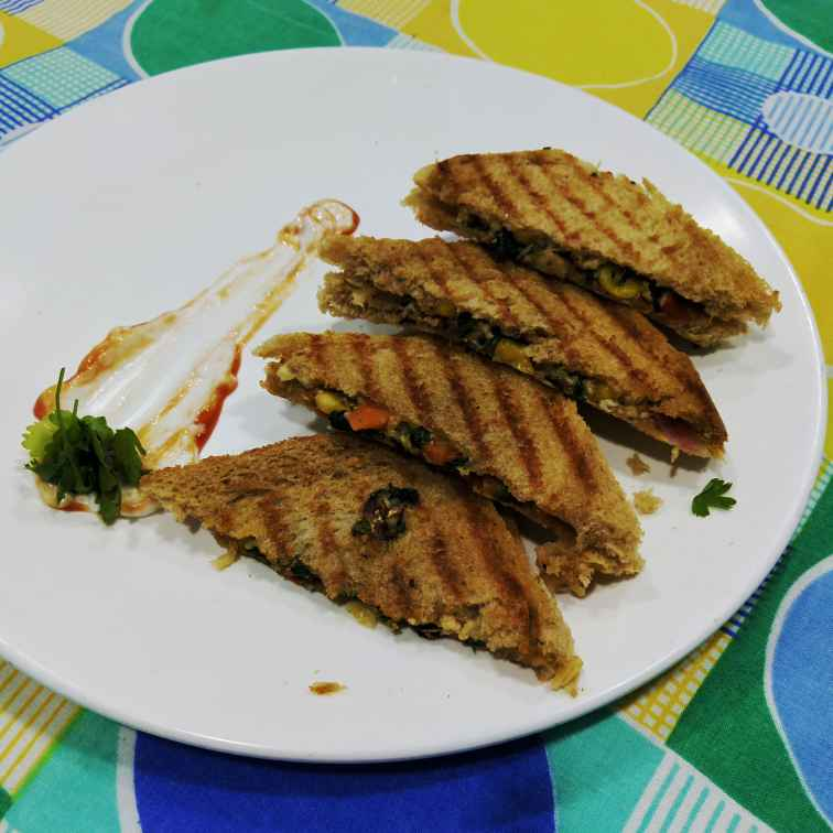 Photo of Spinach and corn sandwich by VIDHI AGARWAL at BetterButter