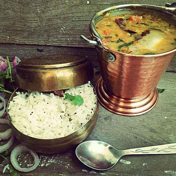 How to make Bundelkhandi tadka daal with mathaa rice