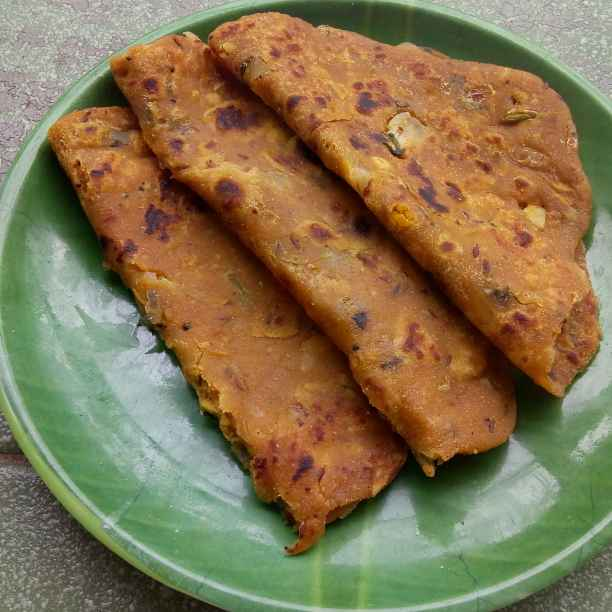 Photo of Tridhal onion paratha by shyamala devi at BetterButter