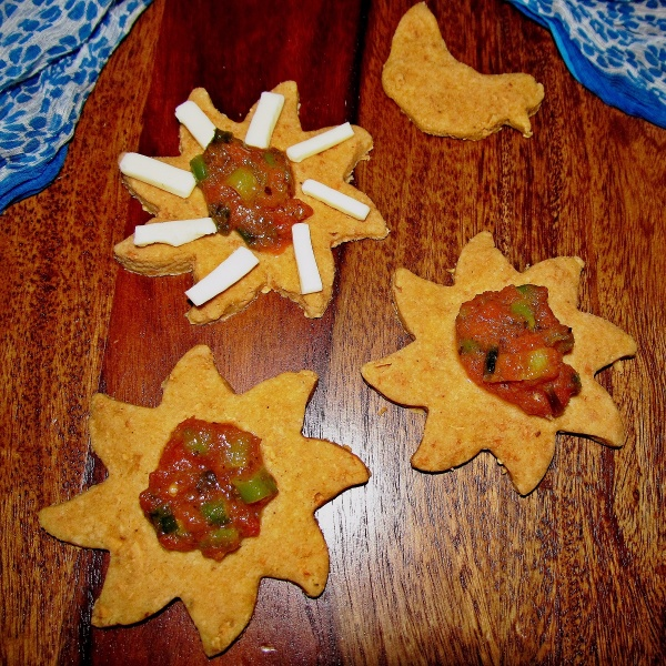 Photo of Wholewheat Cheese Crackers by Simran Oberoi Multani at BetterButter