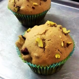 How to make Guilt-free Healthy Snack - Butter-free Wholewheat Pear and Pistachio Cane Sugar Muffins