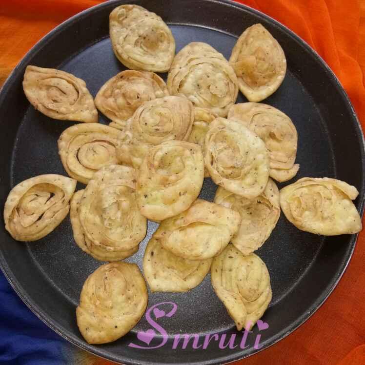 How to make Gujarati Farsi(Crispy) Poori