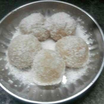 How to make काजू और मावा के लड्डू