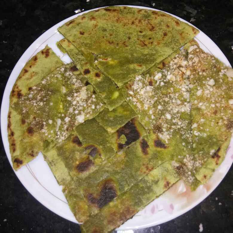 How to make Palak paneer paratha