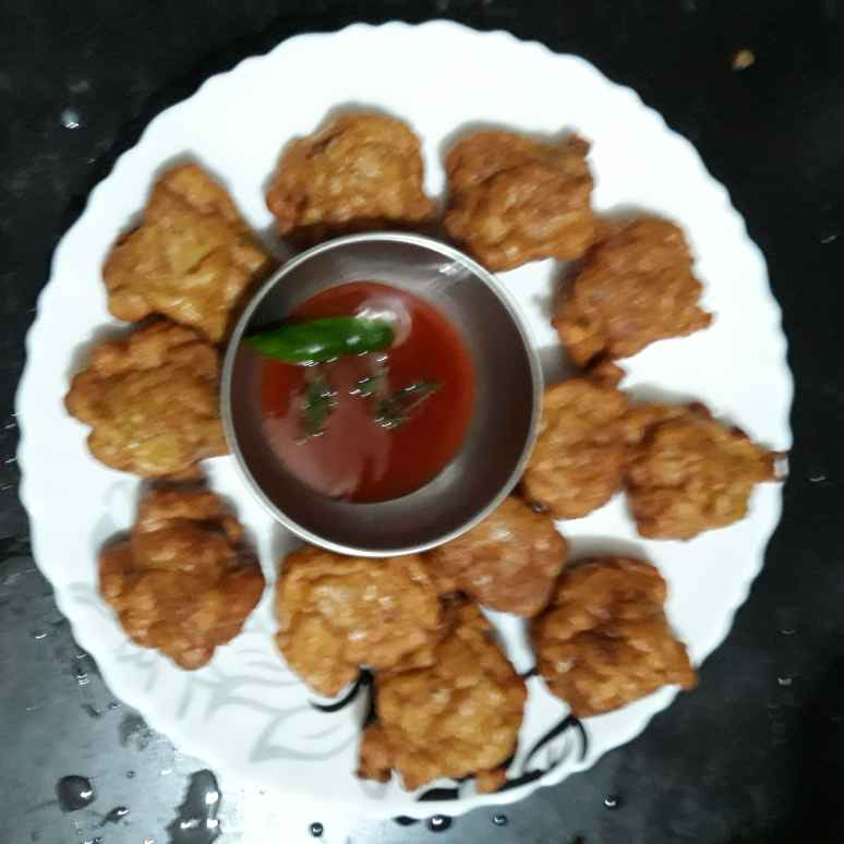 Photo of Leftover chicken- egg pakora by Soma Mukherjee at BetterButter
